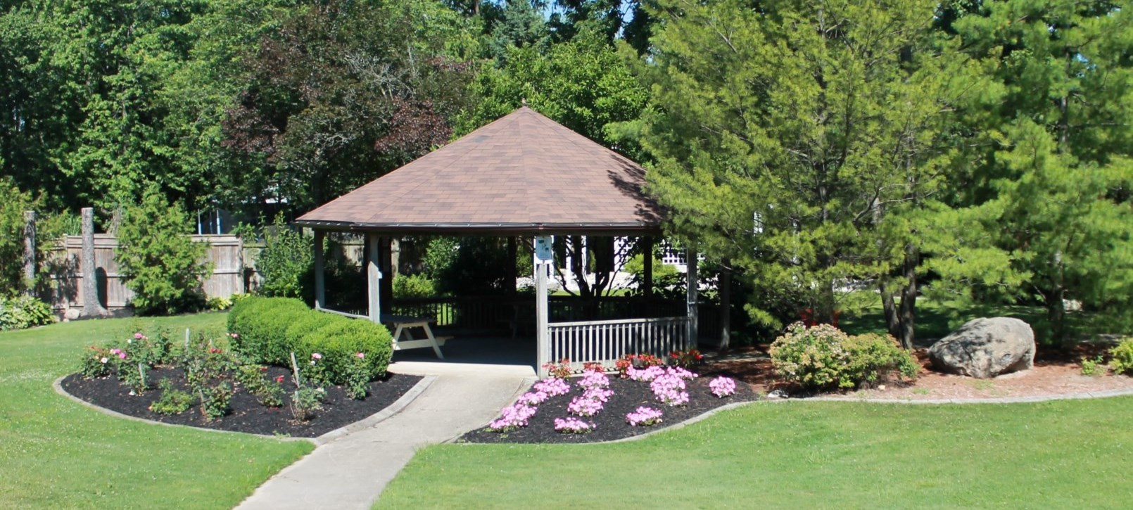 Gazebo and gardens in Watford